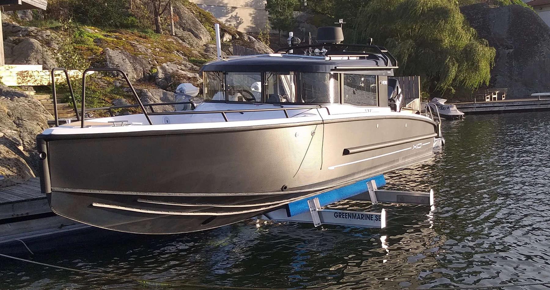 Eleganta och moderna båtlyftar